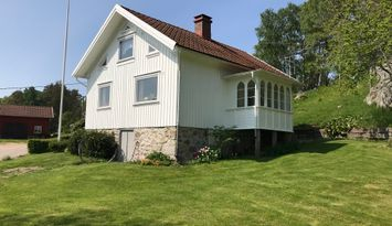 Holidayhome in the countryside near the sea