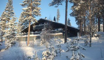 10 Bäddar IdreFjäll mitt i backen Ski in Ski out.
