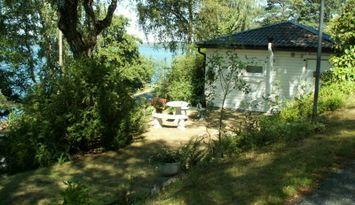 Stuga vid den vackra Östra Nedsjön nära Göteborg