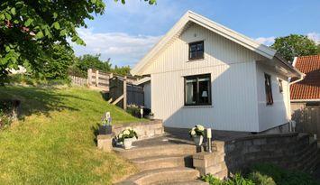 Modern little cottage, Southern archipelago Styrsö