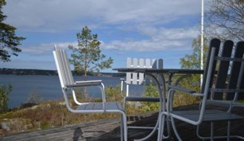 Erstaviken, Tyresö. Sjöläge med panoramautsikt